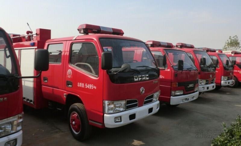 东风税铃消防车